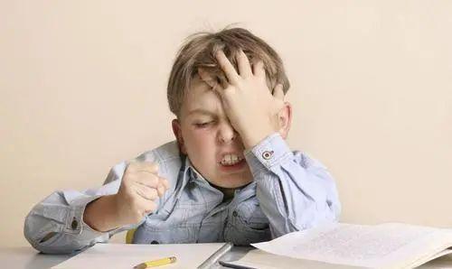 孩子学习困难,可能是受多动症的影响