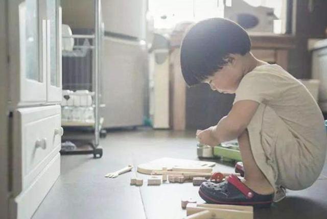 儿童医院儿科专家讲解:儿童多动症与正常调皮有何区别?